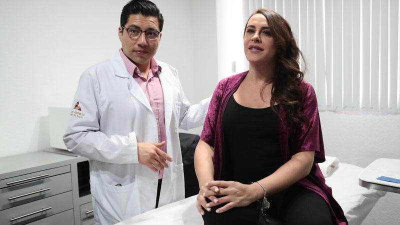 """""""Las dejó muy bien, me dejó como joven, me siento como una atleta"""", nos dijo; también platicamos con el cirujano Andrés Callejas"""