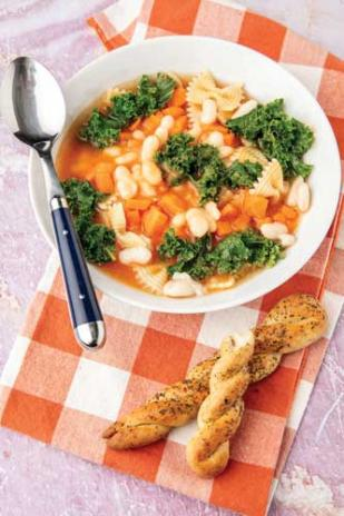 Elkale es similar al brocolí y coles de bruselas.