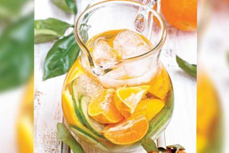 Agua de mandarina con pepino