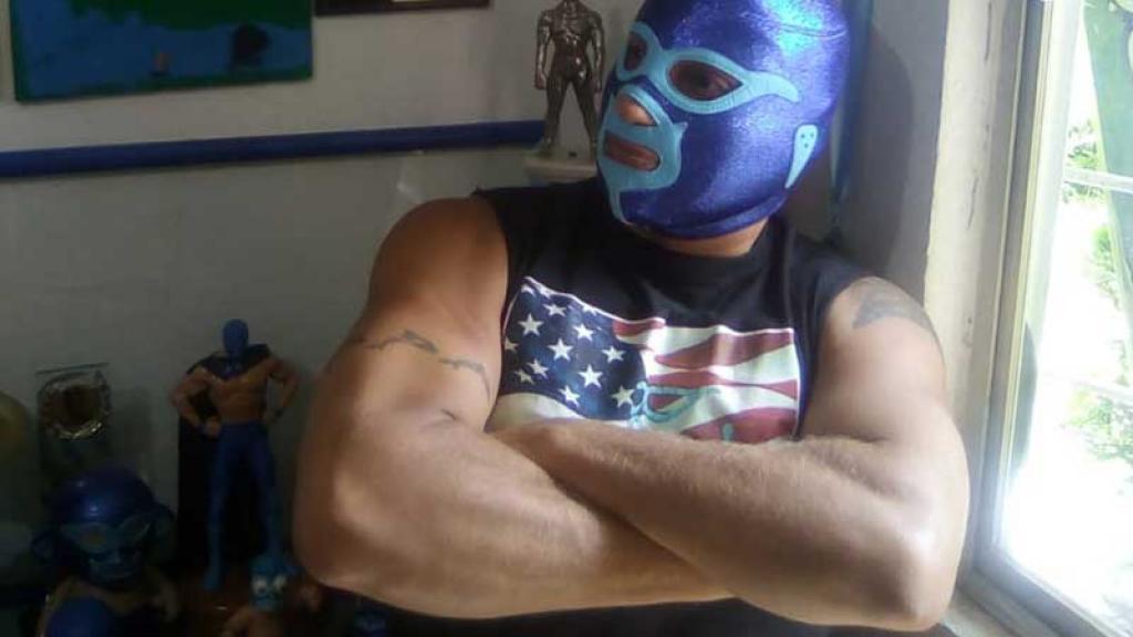El luchador pidió asesoría legal sobre su detención.