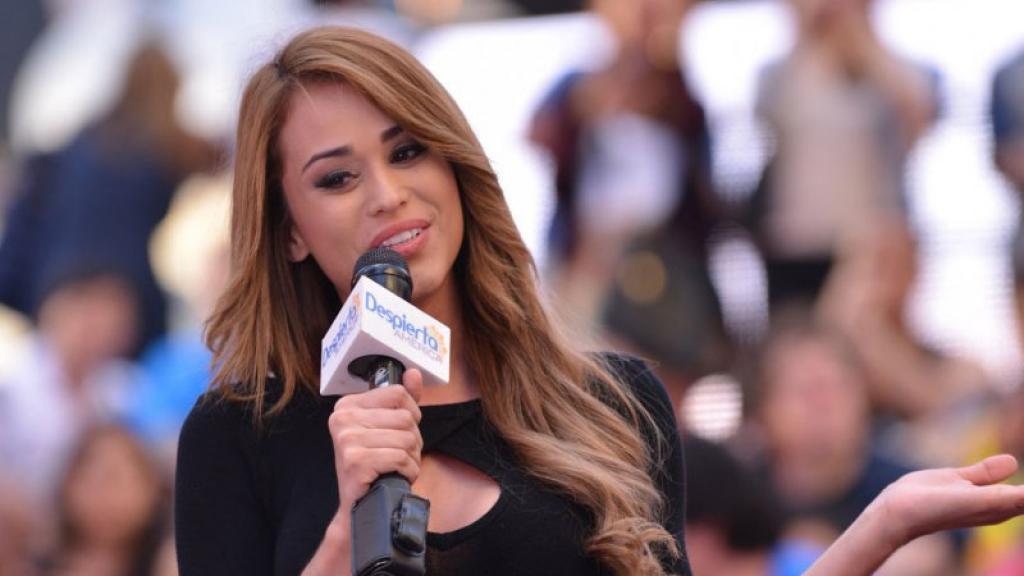 Yanet García es fuertemente criticada por los usuarios tras vestirse de Virgen María.
