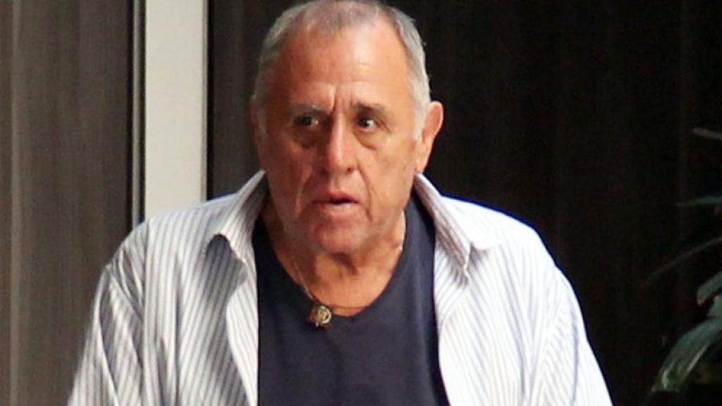 Luego de un complicado cierre de temporada, el prouctor Omar Suárez regresa a los escenarios teatrales de la mano de Julián Gil y Alejandro Suárez.