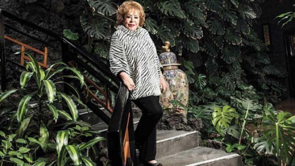 Silvia Pinal confirma que también está distanciada de su nieta Frida Sofía