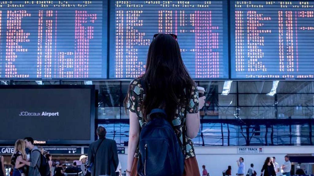 Destrozan en redes a influencers por recurrir a GoFundme para hacer un viaje