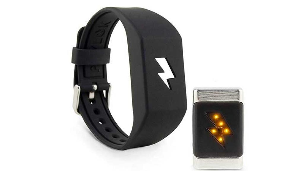 El dispositivo te da una descarga eléctrica de 300 voltios.