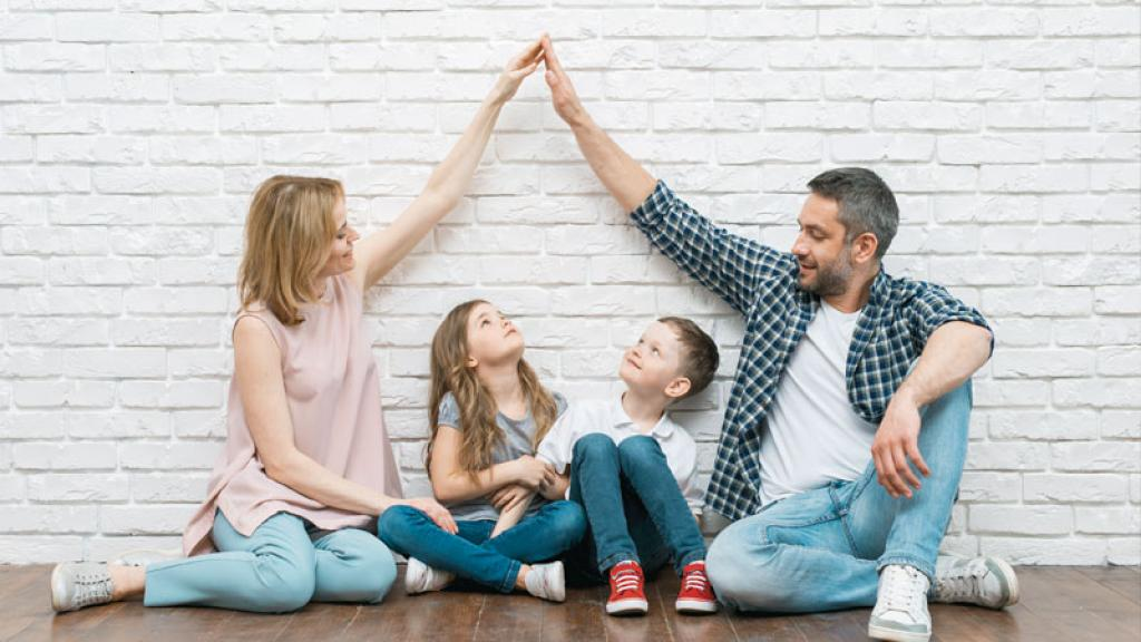 Cómo educara tus hijos; para evitarel machismo. Creemos que el machismo es algo que se da en la sociedad, cuando en realidadsurge en el hogar.