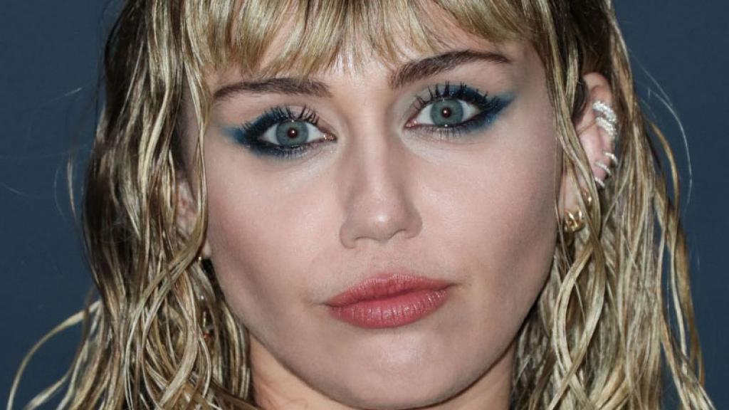 Aseguran que Miley Cyrus terminó su relación amorosa con Kaitlynn Carter