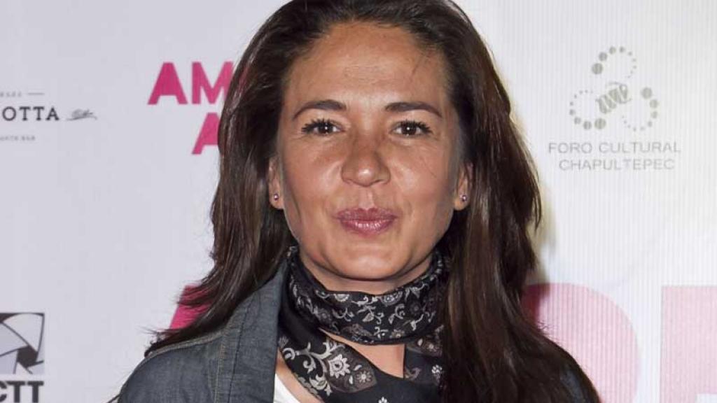Yolanda Andrade toma con humor su soltería.