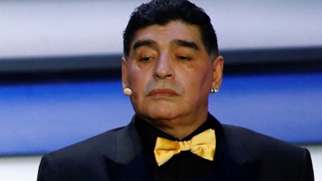 Gianinna Maradona afirmó que su padre, Diego, estaba mal de salud, pero el exfutbolista le contestó en Instagram y la puso en su lugar.