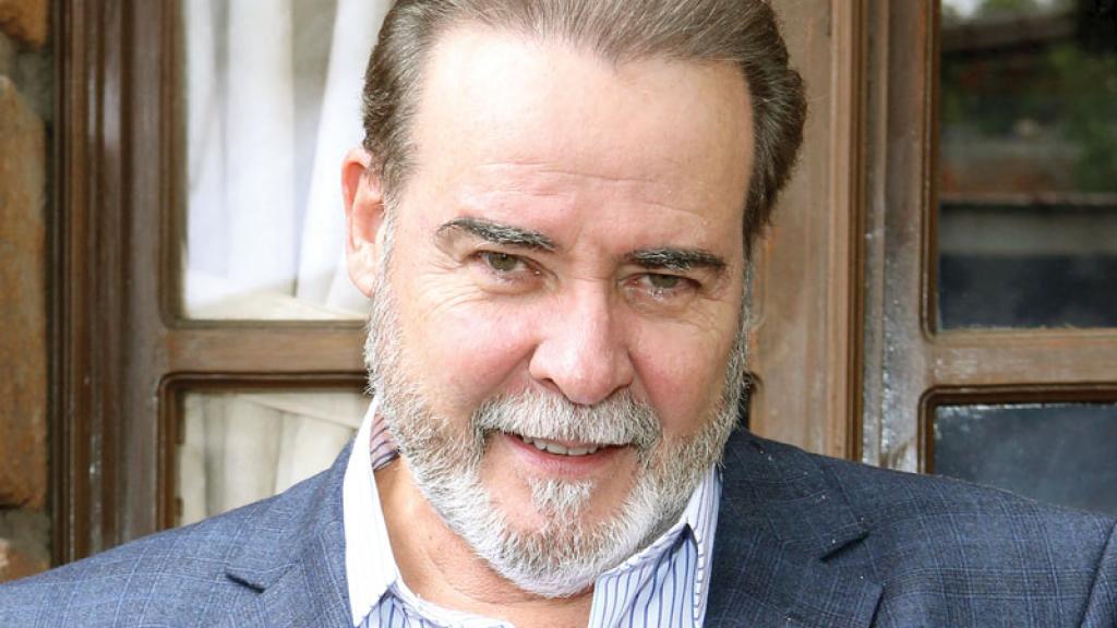 César Évora carrera