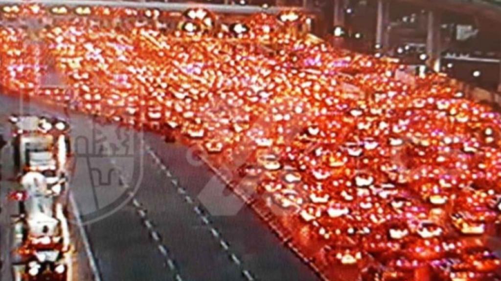 carretera méxico cuernavaca semáforo naranja