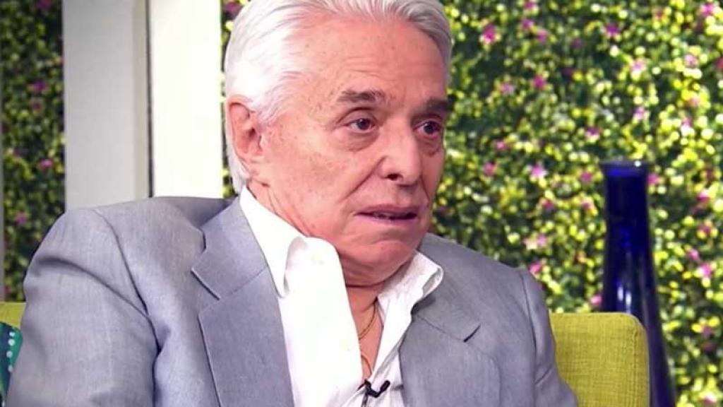 Enrique Guzmán asegura que nunca ha tocado a su nieta