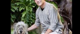 Sam Simon donó toda su fortuna a los animales.