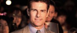 Afirman que Tom Cruise usó rellenos en el trasero