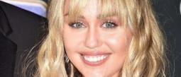 Miley Cyrus revela que está saliendo con Cody Simpson