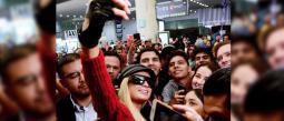 A pesar de la tristeza por la que atraviesa la socialité por la muerte de su abuelo, entregó su amor a los fans mexicanos.