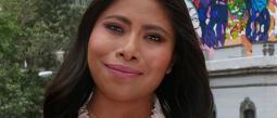 Yalitza Aparicio visitó a Alejandro Sanz en Puebla
