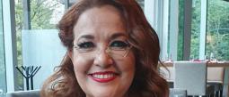 La chef Betty Vázquez sigue presumiendo su pérdida de peso, ¡ya es talla 10!
