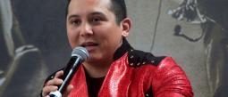 El cantante aceptó que no se han hablado, pero si se trata de trabajo, aceptaría colaborar con él