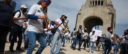 Músicos del género grupero apoyo de económico Gobierno CDMX Protesta Pandemia Cuaretena