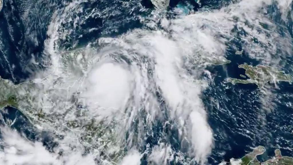 alerta roja huracán zeta quintana roo