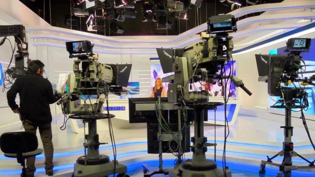 Conductoras de The View dan positivo antes de entrevistar a Kamala Harris